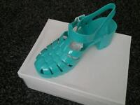 Whole sale - job lot of ladies jelly sandals in aqua and coral 14 pairs in total
