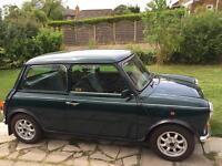 Green Rover Mini Mayfair 1.3i