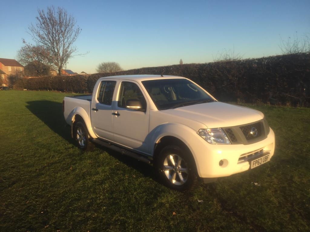 Nissan navara 2014 very low key miles 26k its immaculate no vat nissan navara 2014 very low key miles 26k its immaculate no vat sciox Gallery