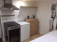 Pricate Studio Furnished £65pw Mitre Street Marsh - Deposit Required - No Dss