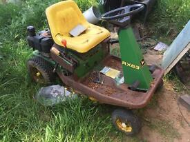 John deere ride on lawn mower
