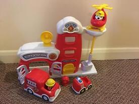 Fire engine play set
