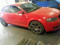 Audi a3 2.0 fsi 2004 red 3 door breaking