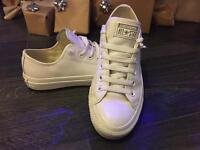 Converse All Star unisex size 5
