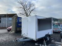 BRAND NEW CATERING BOX TRAILER 3.05M x 2M x 1.95M WITH CATERING WINDOW AND FRONT DOOR BRAKED 1300KG
