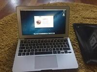 Apple Macbook air 2015 4gb 1.6ghz 11inch screen in A* condition