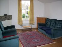 Turnpike Lane, N8 0QU Stunning Large 3 Bed First Floor Flat. Newly fitted kitchen & bathroom