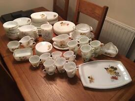 Pyrex vintage collectible Full Dinner service