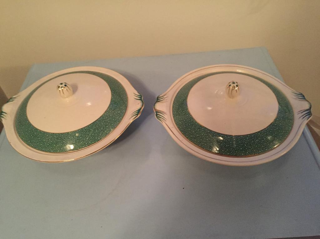 2 matching Alfred Meakin Tureens