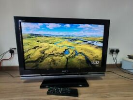 EXCELLENT 32 inch SONY HDMI FREEVIEW TV ALSO SUITABLE FOR GAMING