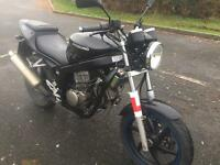 Hyosung 125 gt125 Comet. Learner legal bike.