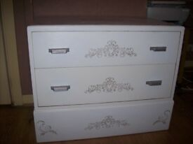 2 drawer chest of drawers