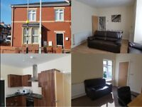 LOVELY DOUBLE ROOM TO LET IN SHARED HOUSE - BLACKPOOL . Close to town, college & hospital