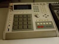 Akai Mpc 3000 with max ram plus extra red pads