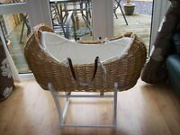 MOTHERCARE SNUG STYLE WICKER MOSES BASKET AND WHITE ROCKING STAND