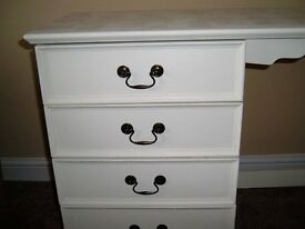 Dressing Table, Shabby Chic, More Chic than Shabby, Gorgeous spacious design