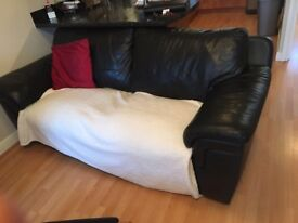 Free to Collect - Matching 2 and 3 Seater sofas.