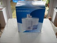 Cookworks Juice Extractor