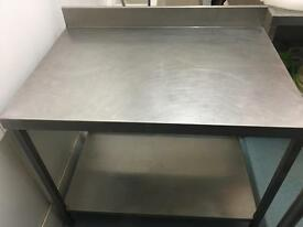 Commercial stainless steel heavy duty table