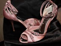 Fabulous Karen Millen blush pink satin shoes in exc cond ideal wedding/cruise/party