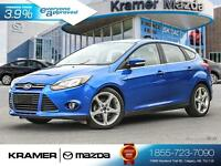 2012 Ford Focus Titanium Hatch w/Back-up Camera