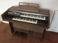 Yamaha Electone B-4BR organ keyboard