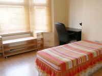 Lovely Double Room in Friendly International Houseshare (all bills included)