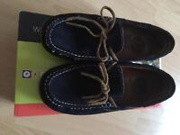 Boys leather shoes size 2