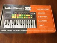 NovationLaunch Key Mini Instrument