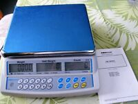 ADAM BENCH COUNTING WEIGHT SCALES CBC 32