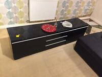 Gloss black tv unit stand