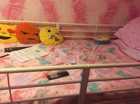 Mid height children's bed