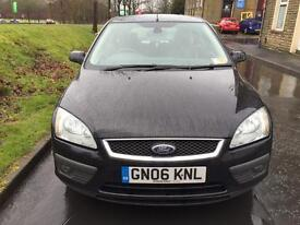 2006 Ford Focus 1.6 Titanium 1/2 Leather 12 Months Mot Superb Condition 2 Owners Drives Perfect