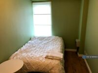 2 bedroom flat in Great Ancoats Street, Manchester, M4 (2 bed) (#956935)