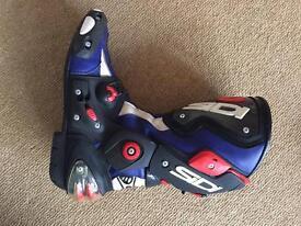 Sidi vertigo corsa size 9 uk motorcycle boots