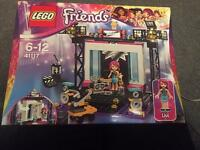 Lego friends pop star/tv studio