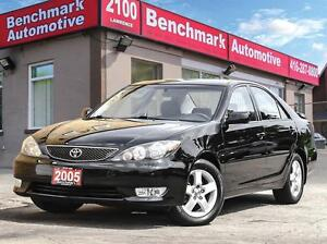 2005 Toyota Camry SE-4 CYL-AUTO-DEALER SERVICED-LIKE NEW-ONT CAR