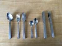 Mixed set of cutlery