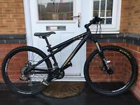 BARGAIN. GT TEMPEST. MOUNTAIN / JUMP BIKE