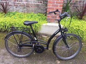 B'TWIN city bike