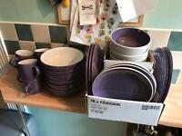 Dinner Set in Purple and White 30 Piece