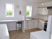 MUST SEE 4 BED HOUSE IN MITCHAM