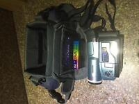 Samsung VP-L600B PAL 8mm camcorder 500 x Digital Zoom H18 - great condition