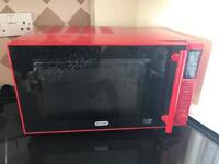 Red Delonghi Microwave 900w