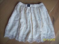 Hollister ~ Cream Lace Lined Short Skirt - Size Medium ( New with Tags)