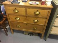 Lovely wooden chest of drawers