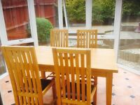 'Leekes' quality dining room suite with table extensions (cost £995)