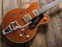 Lead guitar / guitarist for rock n roll trio