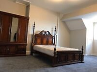 HUGE DOUBLE ENSUITE ROOMS AVAILABLE NOW PROFESSIONALS