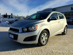 2016 Chevrolet Sonic LT *Heated Cloth*